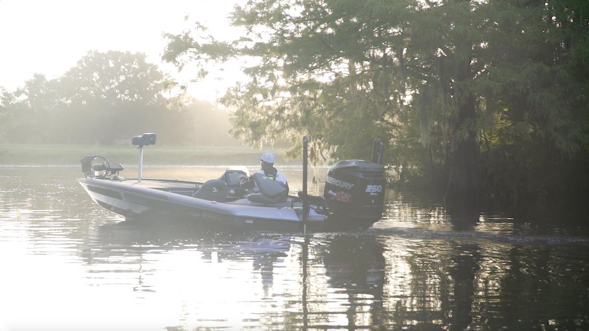 Blazer 625 Pro Elite Bass Boat